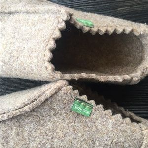Simple Greentoe Felted Mules